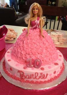 Misty 's Birthday / Barbie - Photo Gallery at Catch My Party Barbie Doll Birthday Cake, Barbie Theme Party, Birthday Cake Girls, Birthday Parties, Princess Birthday Cakes, 7th Birthday, Birthday Ideas, Bolo Barbie, Barbie Cake