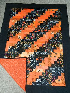 Halloween Log Cabin -  Favorite Halloween Quilts