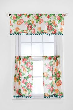 Love this cafe curtain look with the top valance and lower curtains for privacy, but enough space to let the light in. And I could add pom poms, too!