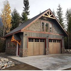 The Lost Secret Of Detached Garage Model For Your House 32 – walmartbytes – Garage exterior – garage Rustic Houses Exterior, Garage Exterior, Exterior House Colors, Exterior Design, Craftsman Exterior, Modern Exterior, Exterior Paint, Cedar Garage Door, Cafe Exterior