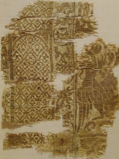 Fragment of silk. (now Victoria Albert)  production:  central Asia,Iran, first half 14.c. In: Marini, 2004 - ISBN: 8831784927 pg. 133