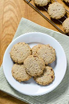 This pecan sandies recipe is super simple. Just a few ingredients for an easy gluten-free, dairy-free, paleo and vegan cookie. Make this quick and easy healthy treat!