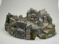 Ruined tower terrain piece