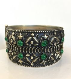 Vintage Silver Green Stone Bracelet Boho by AntiqueJewelryForFun