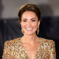 BRITAIN-US-ROYALS-ENTERTAINMENT-FILM-BOND Royal Uk, Duchess Of Cambridge, Kate Middleton, Fashion Pictures, Camilla, Film, Celebrities, Gold Gown, Tulle Gown