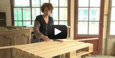 Une palette transformée en table basse - Mag Constructeur