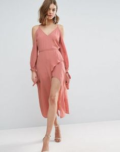 Get wedding season ready with ASOS. Browse our collection of wedding guest dresses and stylish women's suits, with shoes and accessories to match. Shop now at ASOS. Pink Midi Dress, Long Sleeve Midi Dress, Pink Party Dresses, Prom Dresses, Midi Dresses, Slep Dress, Asos, Elegant Outfit, Latest Fashion Clothes