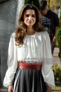 Fotografia de notícias : Queen Rania attends Molecular Biology Center...