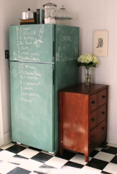 - DIY inspo: chalkboard fridge -