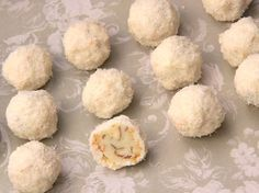 Recipes by Nana: Homemade Raffaelo Christmas Desserts, Christmas Baking, Top Recipes, Dessert Recipes, Clone Recipe, Recipe Box, Keep Recipe, Macaroon Recipes, Desert Recipes