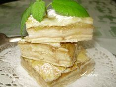 Fotorecept: Jednoduchý rebarborový koláč Dessert Recipes, Desserts, Pancakes, Sandwiches, Baking, Breakfast, Food, Basket, Fine Dining