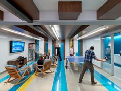 LinkedIn – coolest places in the world to work, everyone that works there is healthy, happy and motivating. LinkedIn offices have an incredible amount of food that was available EVERYWHERE! They have on-site gyms, modern healthcare benefits and pretty generous holidays,