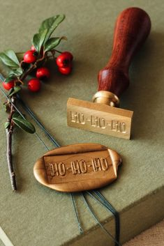 Christmas Wax Seal Stamp / Ștampile sigilii ceară – Colecția de Crăciun / © PAPIRA invitatii de nunta personalizate E Commerce, Xmas Countdown, Graduation Party Planning, English Christmas, Diy Wax, Seal Design, Christmas Wonderland, Santas Workshop, Wax Seal Stamp