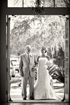 cute picture of the father of the bride and bride