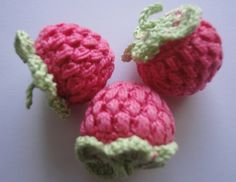 Raspberry Crochet: Video- the cats would LOVE these with catnip.