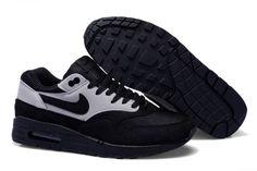 size 40 b0457 ebb77 Air Max 1, Nike Air Max 87, Jordan 1, Michael Jordan, Mens Nike Air, Nike  Men, Sandals Online, Birkenstock Sandals, Nike Air Huarache