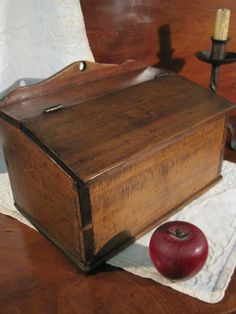 Antique 1800's Early American Dovetailed Wood SLANT Lid Hanging Candle Box AAFA