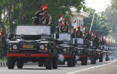 Land Rover Defender KOPASSUS, Indonesia