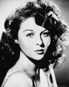 Susan Hayward Actress 1940's (Golden Age) via classicactresses.com