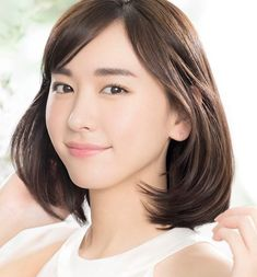 Yui Aragaki is a Japanese Actress. Cute Japanese, Japanese Beauty, Asian Beauty, Cool Face, Pretty Face, Japanese Goddess, Kawaii Faces, Goddess Hairstyles, Asian Cute