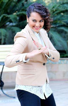 Sonakshi Sinha promoting the film 'Action Jackson'.