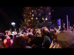 ▶ VIDEO : Bono from U2 singing at Grafton street - Christmas 2013 #u2NewsActualite #u2NewsActualitePinterest #u2 #bono #PaulHewson #video #2013
