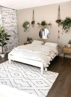 Modern And Minimalist Bedroom Design Ideas - Room Decor & Design Simple Bedroom Decor, Room Ideas Bedroom, Home Decor Bedroom, Cheap Bedroom Ideas, Bedroom Inspo, Bedroom Designs, Simple Bedrooms, Master Bedroom, Cheap Room Decor