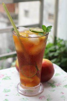 Yummy Snacks, Yummy Food, Peach Ice Tea, Peach Trees, Brewing Tea, Iced Tea, Alcoholic Drinks, Cocktails, Food And Drink