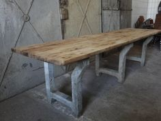 industrial tabel at vivre Rustic Table, Home Furniture, Interior Decorating, Dining Table, Authentique, Living Room, Concrete, Inspiration, Garden