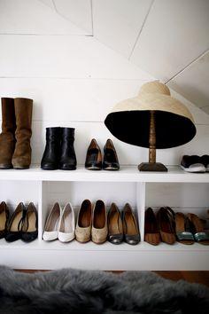 closet shoe storage in an attic dressing room Closet Shoe Storage, Hat Storage, Spare Room Closet, Closet Space, Pretty Pegs, Armoire, Clothes Rail, Walk In Wardrobe, Dream Closets