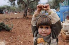 Infância despedaçada: crianças perdem a inocência diante da violência em zonas de guerra - Fotos - R7 Internacional