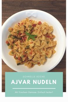 Kennst du schon das Paprika Mus Ajvar? Sooooo lecker!  Probiere unbedingt dieses Ajvar Nudeln Rezept mit Gemüse. Kitchen Queen, Risotto, Cabbage, Vegetables, Ethnic Recipes, Food, Pepper, Red Peppers, Vegetable Recipes