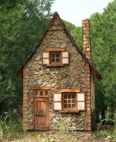 Tiny house, would love a small yard with flower garden to attract butterflys❤