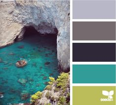 These colors would make for such a peaceful room! I've got the teal so with a little redecorating I could have this!