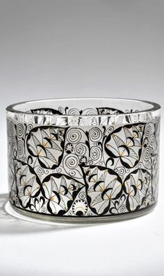Technical College Steinschönau Small bowl, 1910-15 H. 5.3 cm, D. 8.2 cm. Colourless glass. Leaf tendrils in black solder, heightened with gold. Small Bowl, College, Bracelets, Glass, Silver, Jewelry, University, Jewlery, Drinkware