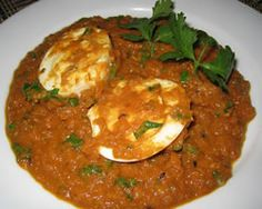 Egg curry With Non Dairy Cream: Egg curry is spicy curry with boiled eggs,spices and cooked in onion, tomato gravy. Curry Recipes, Egg Recipes, Indian Food Recipes, Ethnic Recipes, Egg Curry, Tomato Curry, Tomato Gravy, Tinned Tomatoes, Curry Dishes