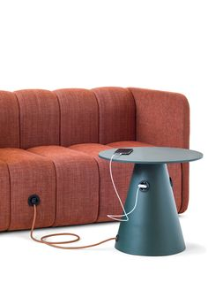 écho deco ⚫ home interior design sofa tisch BOB JOB, 2 sitzer stoffsofa von … - Furniture Smart Furniture, Home Decor Furniture, Pallet Furniture, Furniture Design, Furniture Vanity, Furniture Logo, Steel Furniture, Upcycled Furniture, Office Furniture