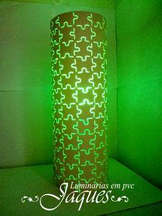 Luminária em pvc quebra cabeça, um desenho simples mas bonito e moderno.