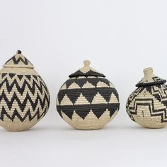 African Ceremony Woven Baskets – Shop on the Mesa Baskets On Wall, Woven Baskets, Basket Weaving, Wicker Baskets, African Crafts, African Home Decor, Diy Craft Projects, African Living Rooms, Moroccan Decor Living Room