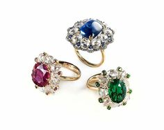 IVY New York. Ruby no heat Burma, sugarloaf blue sapphire no heat, emerald insignificant oil with diamonds in IVY rings #ivynewyork  Grand Hall #hkcec www.ivynewyork.com