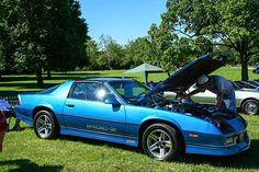 collectible-80s-cars-chevrolet-camaro-iroc-z