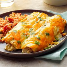 creamy chicken casserole My daughter has the best cream cheese chicken enchiladas recipe I've ever tried. She brought 10 pans of it to my wedding reception and they were the bi Best Chicken Enchilada Recipe, Creamy Chicken Enchiladas, Enchilada Recipes, Chicken Recipes, Enchilada Bake, Chicken Burritos, Chicken Casserole, Casserole Recipes, Recipes