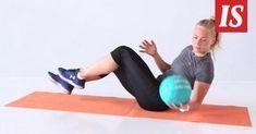 Tällä kotitreenillä saat vahvan keskivartalon ja senttejä pois vyötäröltä – vain 4 superliikettä ja 10 minuuttia - Hyvä olo - Ilta-Sanomat Fitness Inspiration, Workout Inspiration, Gym Workouts, Feel Good, Health Fitness, Abs, Just For You, Wellness, Exercise