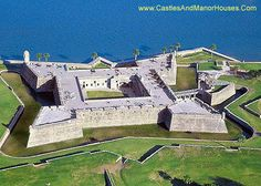 Castillo de San Marcos,  St. Augustine, Florida, USA....     www.castlesandmanorhouses.com   ...     Castillo de San Marcos is the oldest masonry fort in the continental United States. Located on the shore of Matanzas Bay, construction began in 1672, 107 years after the city's founding by Spanish Admiral and conquistador Pedro Menéndez de Avilés, when Florida was part of the Spanish Empire.