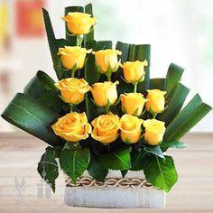 Unique Flower Arrangements, Unique Flowers, Love Flowers, Silk Flowers, Beautiful Flowers, Altar Flowers, Church Flowers, Corporate Flowers, Deco Floral