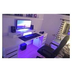 If you are passionate about game, it's time to remodel your regular room into a video game room. Check out these amazing video game room ideas! Computer Desk Setup, Gaming Room Setup, Pc Desk, Pc Setup, Ikea Gaming Desk, Gaming Computer, Childrens Desk And Chair, Girl Desk, Video Game Rooms