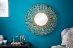 Dizajnové zrkadlo v zlatej farbe 79cm. Mirrored Furniture, Metal Furniture, Infinity Mirror, Oval Mirror, Interior Decorating, Interior Design, Living Room Decor, House Design, Modern