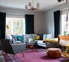 Blogissa juttua vaikeasta valinnasta eli sohvasta  Our new couch ❤️ #uusiblogipostaus #newblogpost#couch#sofa#sohva#olohuone#livingroom#vintageinterior#interior#myhome#koti#interior#vintageinterior#instahome#inspiroivakoti#retroregram#ilovemyhome#vardagsrum