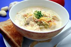 There is nothing more comforting than this Homemade Amish Chicken Pot Pie. It's not your typical chicken pot pie recipe, but I swear you'll adore this once you try it. Homemade noodles are added to the soup to give it an even more homemade feel. Best Soup Recipes, Amish Recipes, Chicken Soup Recipes, Delicious Recipes, Easy Recipes, Favorite Recipes, Yummy Food, Salad Recipes Holidays, Christmas Dinner Menu