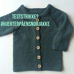 #hjerterpåensnorjakke Sweaters, Fashion, Bedroom, Closets, Moda, Fashion Styles, Sweater, Fashion Illustrations, Sweatshirts